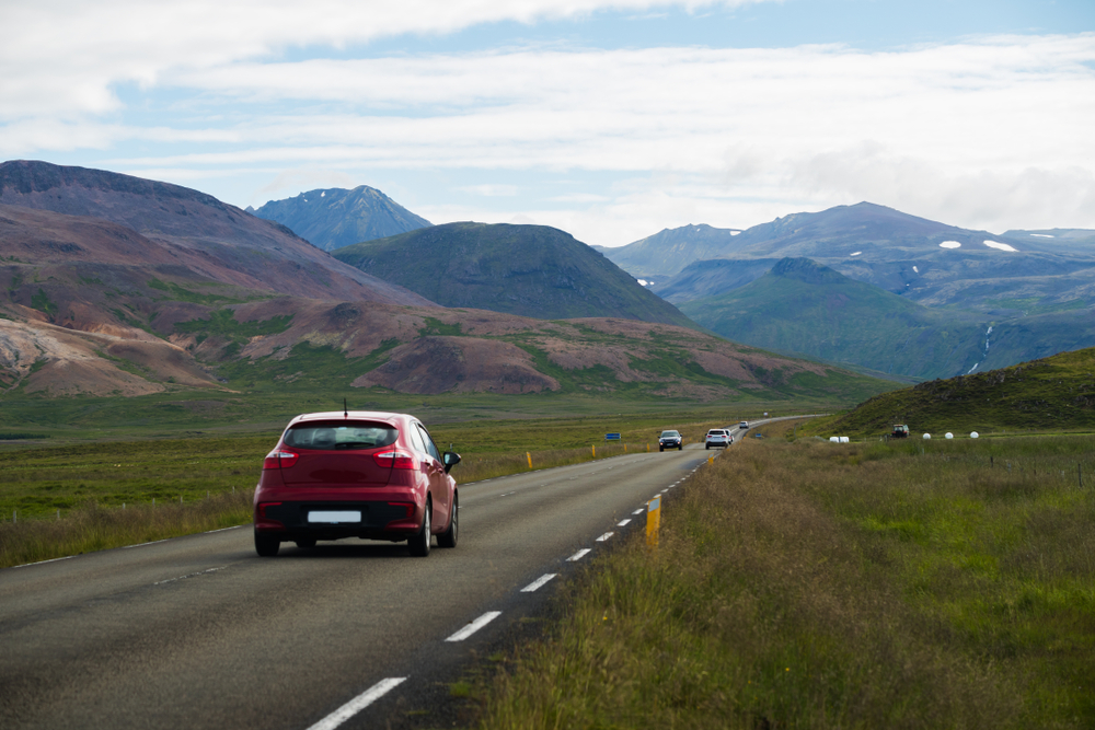Driving safely in Iceland on the Ring Road